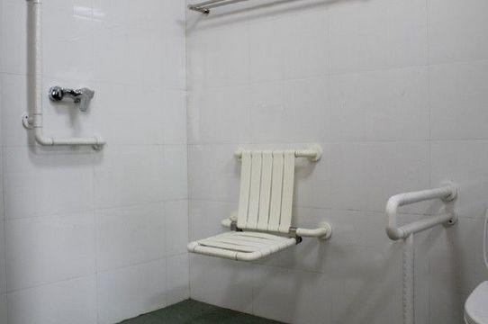 浴室易摔跤 防滑措施如何做才好?
