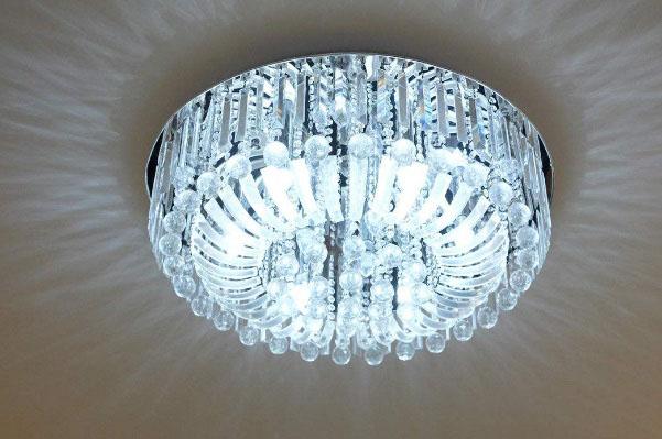 吸顶灯有哪些种类?吸顶灯应该怎么清洁?