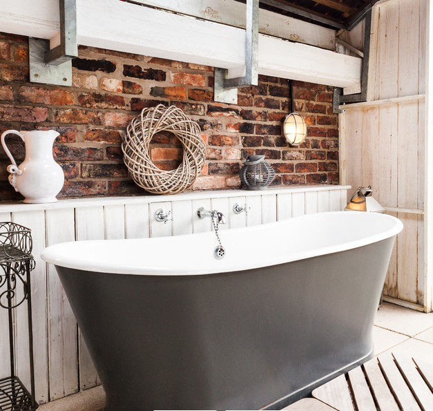 长沙装修公司丨6种不同风格的浴室红砖墙搭配赏析