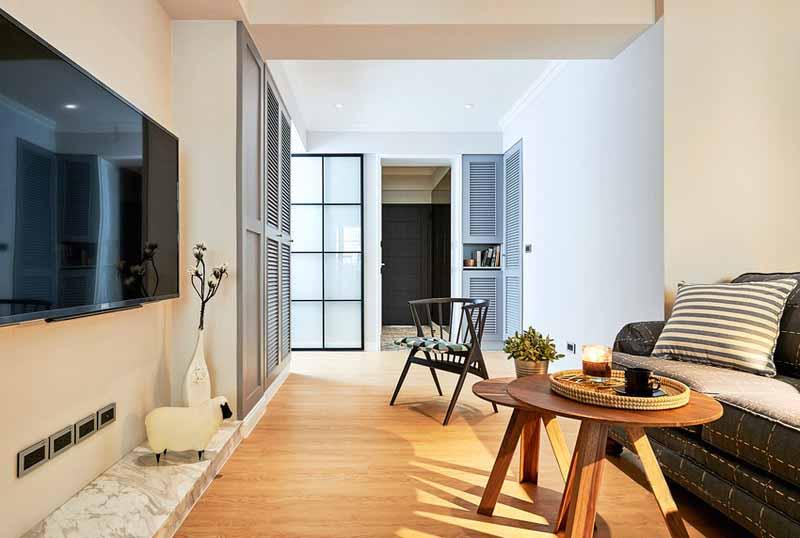 66�O英式风格小公寓装修 黑框玻璃门窗设计明亮又通透!