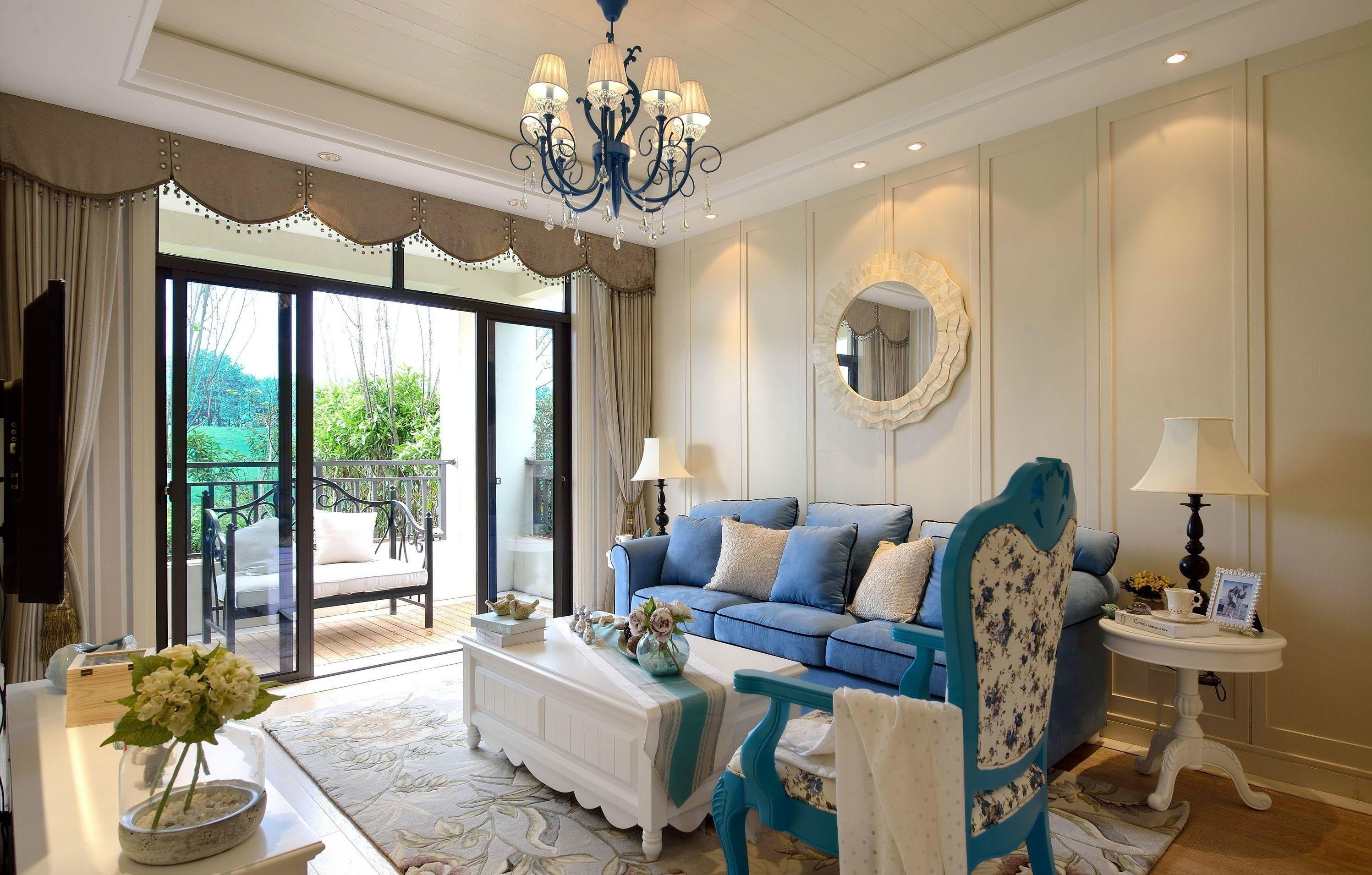 客厅大小和沙发尺寸的比例是多少?