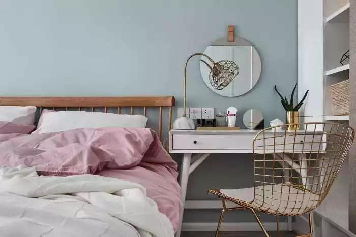 90�O简约实用之家 卡座设计和清爽的色彩搭配很温馨哦!