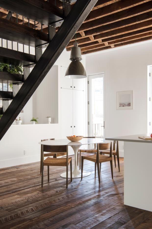 现代简约风阁楼公寓 实木与金属元素打造的线条美!