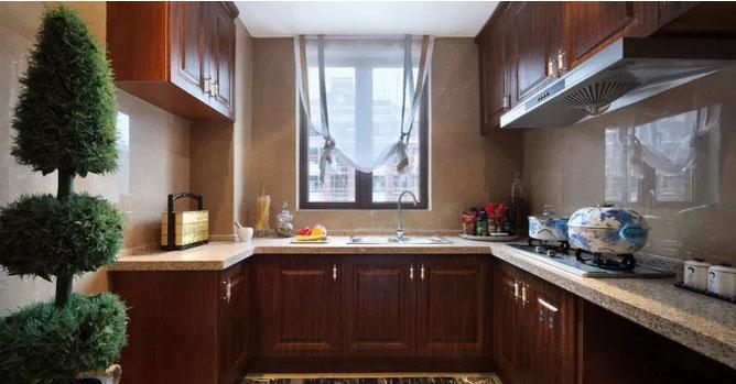 120�O中式风格装修 深色调打造的优雅空间!
