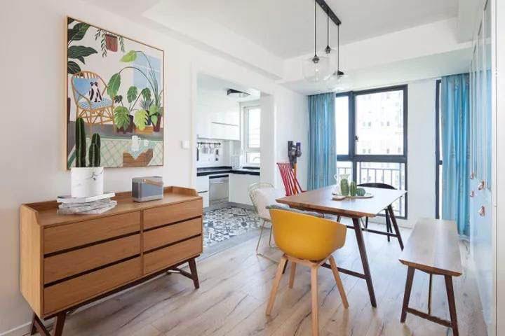 130�O北欧风格装修 简洁的线条与色彩让家更舒适!