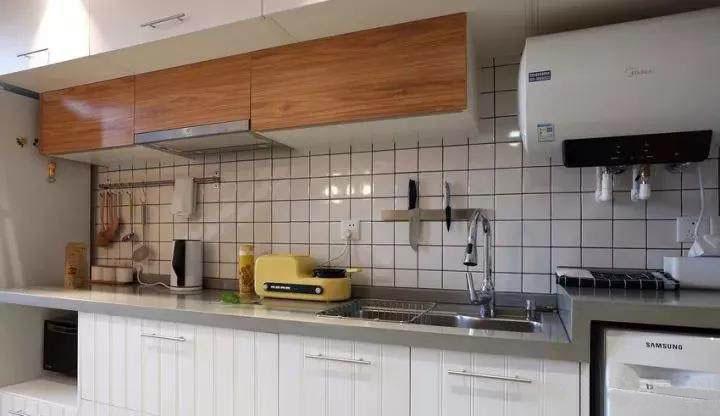 Loft公寓小户型装修 利用楼梯和卡座做收纳设计 简直太实用!