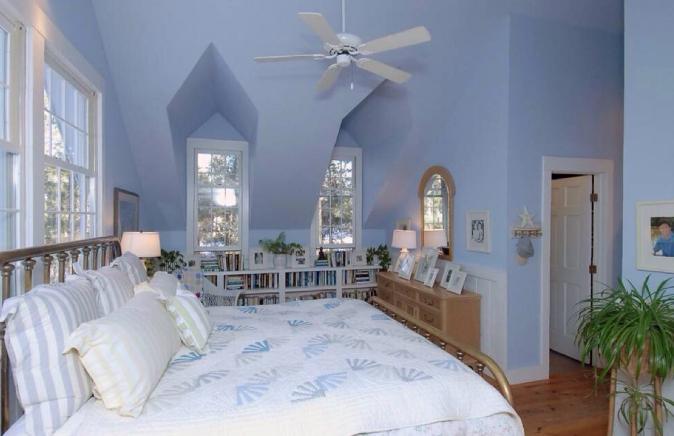 墙面装修应该选油漆还是墙纸?各有什么特点