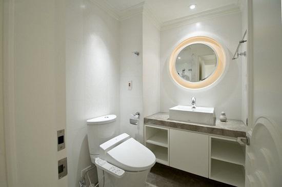 浴室柜受潮后会有什么表现?应该怎样防潮?