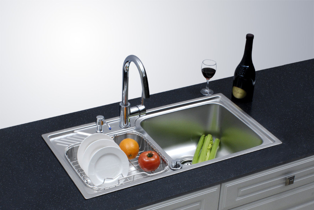 厨房水槽漏水有哪些情况?不同情况漏水应该怎么解决?