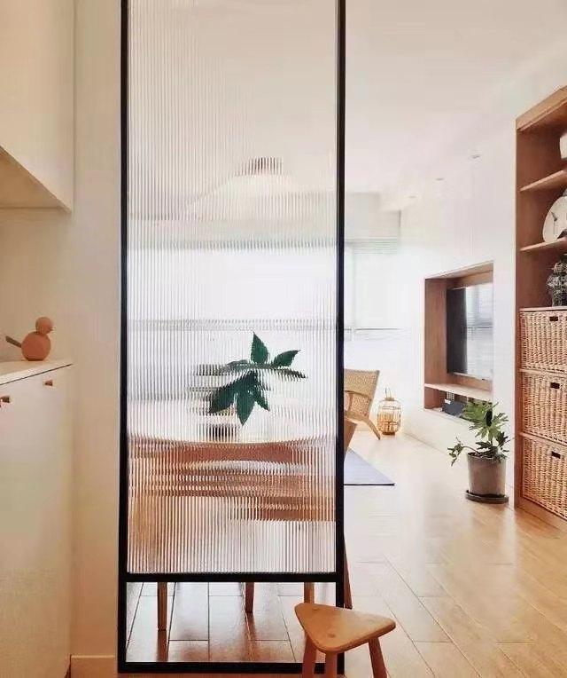房子户型面积小空间布局不理想?巧用隔断,打造有空间感的家